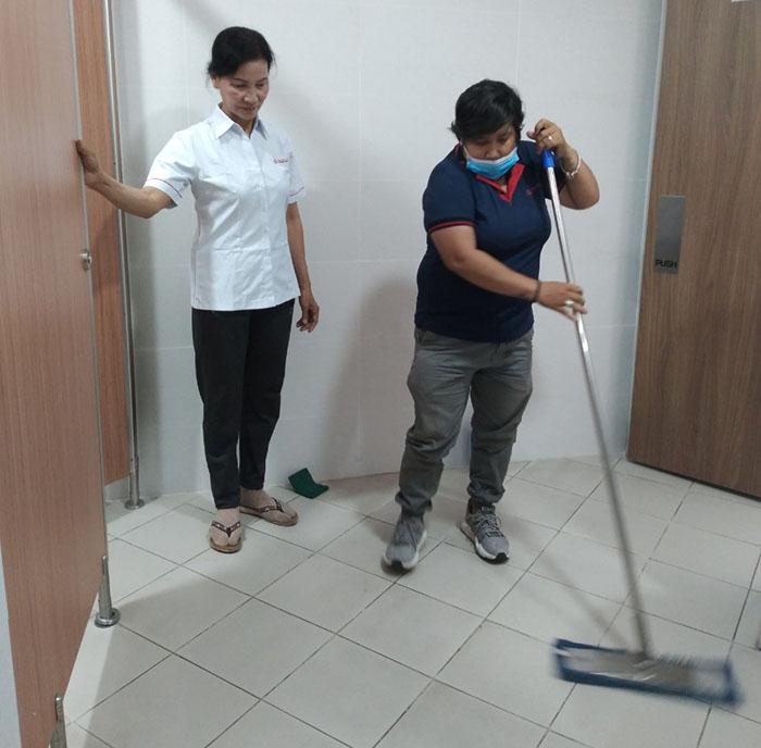 Dịch vụ vệ sinh hàng ngày quận 11